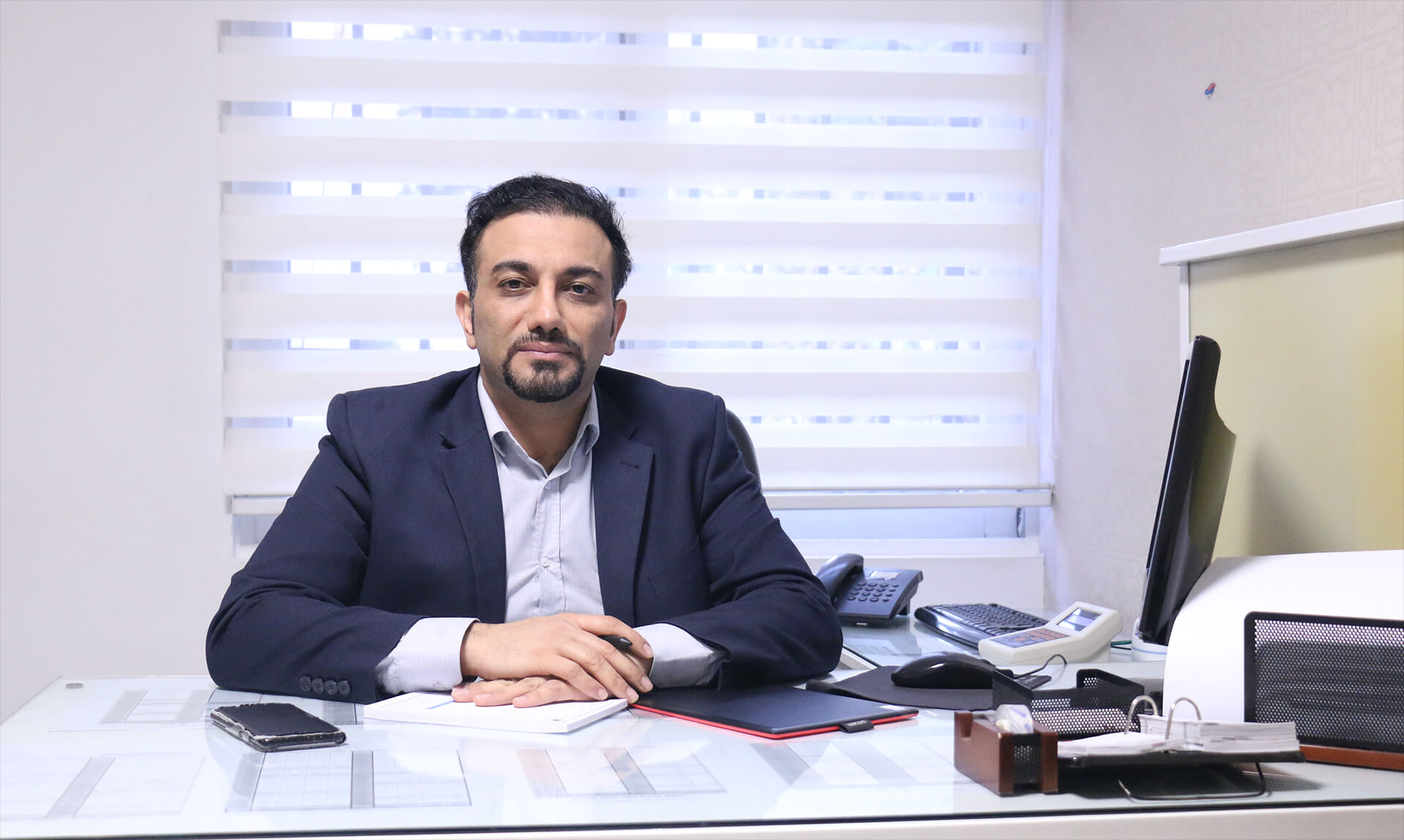 فوق تخصص ارتوپد و جراح تعویض مفصل در تهران - دکتر حسین حاجی تقی