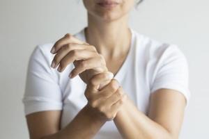 درمان خانگی برای درد مفاصل بانوان